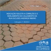 Calçamento da Rua Euclides Ribeiro Andrade necessita de nivelamento