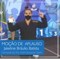 Câmara homenageia a atleta Jakeline Bráulio Batista