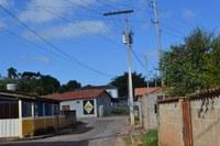 Indicação pede a colocação de braço de luz no poste da Dante Garotti, altura do n°38, no Bairro Xororó