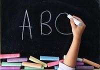 Indicação pede o estudo a viabilidade de conceder aos professores contratados da rede municipal de ensino a gratificação conhecida como ''pó de giz''