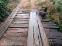 Indicação pede providências quanto á manutenção da estrada e da ponte  na estrada Santa Rita do Palmela