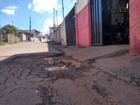 Indicação Pede providências urgentes na operação tapa-buracos dos bairros Jardim Primavera e Jefferson de oliveira e Mandú