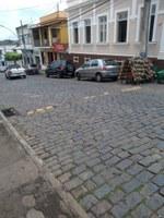 Indicação pede  reforma, substituição ou retirada do quebra-molas, na altura do empreendimento Adega, na Rua Dr. Brandão, que encontra-se deteriorado.