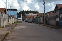 Indicação pede Sinalização e pintura dos redutores de velocidade e faixa de pedestres em todas as ruas dos bairros Santa Tereza e São Domingos