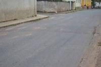 Indicação - Providenciar pintura do redutor de velocidade e a respectiva placa de sinalização, na altura do n° 51 da Rua Padre Natuzzi.