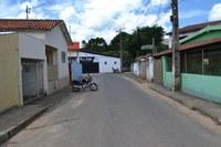 Indicação - Providências urgentes quanto à recuperação do asfalto, no trecho onde formou-se um buraco, na altura do Stúdio Renata Vaz de Mello - Rua Villas Boas da Gama.