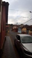 Indicação solicita a colocação de redutor de velocidade, com a devida sinalização,  no entrocamento da Rua Milton Couto com a Rua João Bressane.