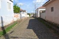 Indicação solicita a recuperação do calçamento da Rua Paulino Araújo