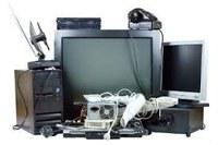 Indicação solicita estudar um local apropriado para o depósito do lixo eletrônico, realizar campanhas de conscientização para o adequado descarte desse lixo e estabelecer uma data para o seu recolhimento periódico.