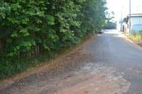 Indicação solicita providenciar a canalização da rede de captação da água pluvial da Rua Messias Dias Ayres, no Bairro Santa Tereza, no entorno do terreno da propriedade do sr. Jadyr