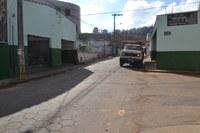 Indicação solicita realizar operação tapa-buracos nas Ruas Maria Antônia Lomonte e Dante Garotti.