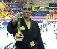 Moção de aplauso à atleta campanhense Jaqueline Bráulio Batista, pela conquista do Campeonato Mundial de Jiu-Jitsu