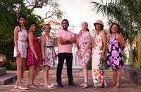 Moção de Aplauso ao fotógrafo Bruno Henrique, pela realização da Sessão Fotográfica Outubro Rosa, com a participação de campanhenses, vitoriosas e guerreiras na luta contra o câncer de mama.